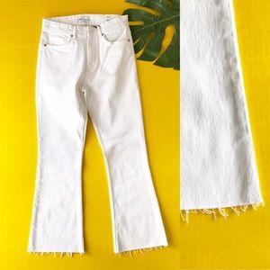 Zara Mid Rise Cropped Jeans White Raw Hem Spring 6